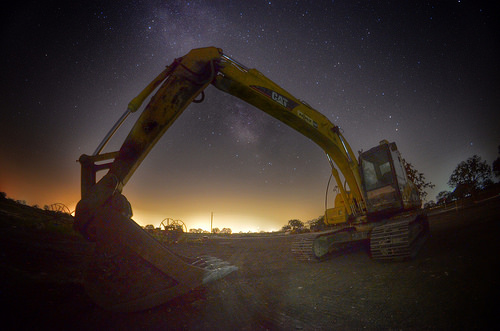 Digging the Night Sky by Phil Ostroff