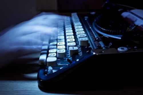 ghostwriting old typewriter